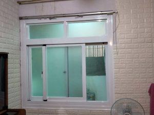 高雄三民區鋁門窗