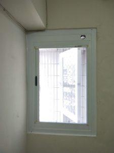 高雄大寮區推射窗